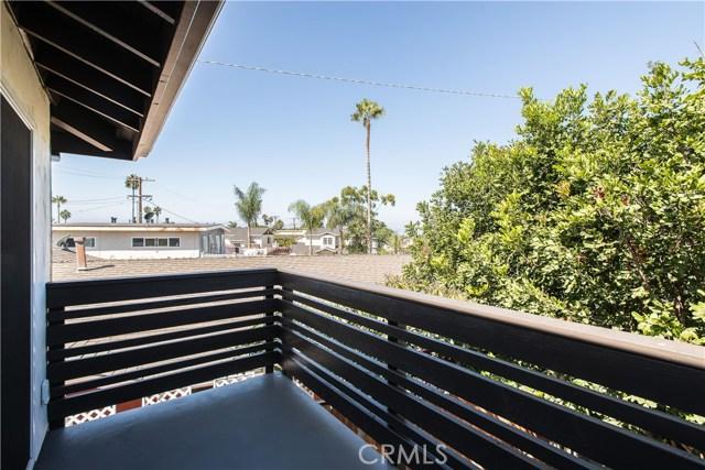 229 W El Portal, San Clemente CA: http://media.crmls.org/medias/d5de36c7-8322-4cf5-8dbf-87907871e7d2.jpg