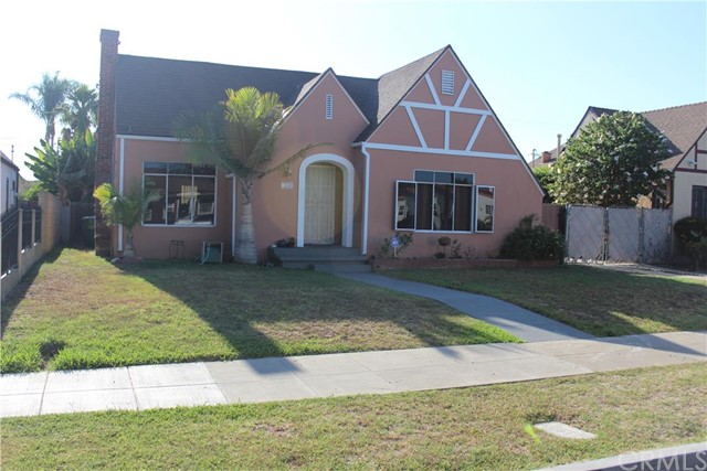 Single Family Home for Sale at 1240 South Broadway St 1240 Broadway Santa Ana, California 92707 United States