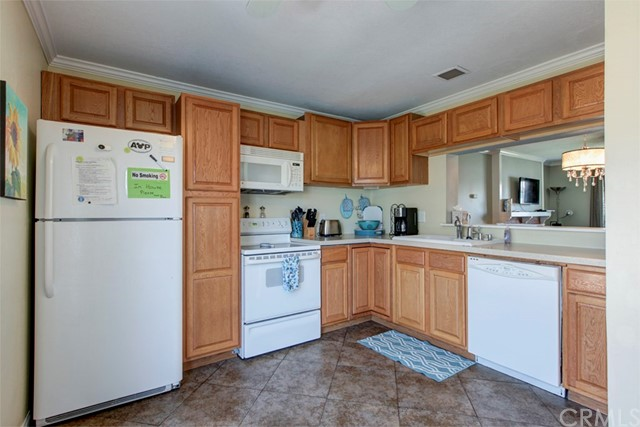 2612 Del Way Unit A Huntington Beach, CA 92648 - MLS #: OC18192053