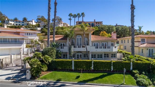 1420 Via Fernandez, Palos Verdes Estates, California 90274, 6 Bedrooms Bedrooms, ,5 BathroomsBathrooms,Single family residence,For Sale,Via Fernandez,PV21044064