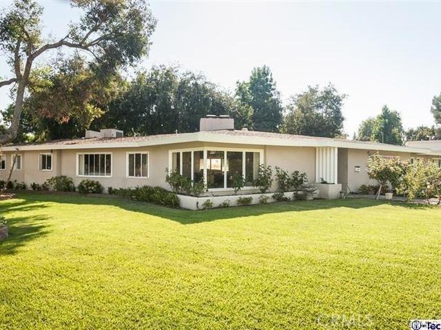 3670 Lombardy Road, Pasadena CA: http://media.crmls.org/medias/d5f8fc56-fb3f-45fb-8278-372b214e87f0.jpg