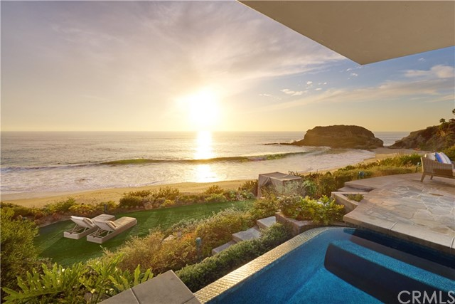 Single Family Home for Sale at 29 Bay Drive 29 Bay Drive Laguna Beach, California 92651 United States