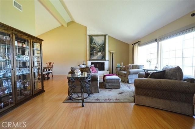 2062 N Palm Avenue, Upland CA: http://media.crmls.org/medias/d60f91c7-5b88-4a93-9e79-7d70f9c9285c.jpg