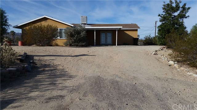 5762 Howard Way, 29 Palms, CA, 92277