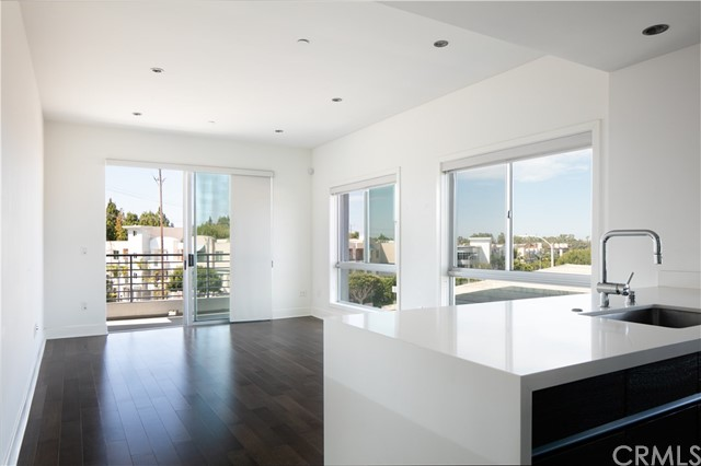 7857 Manchester Ave 209, Playa del Rey, CA 90293