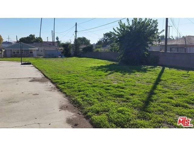Single Family for Sale at 11165 Louise Avenue Lynwood, California 90262 United States