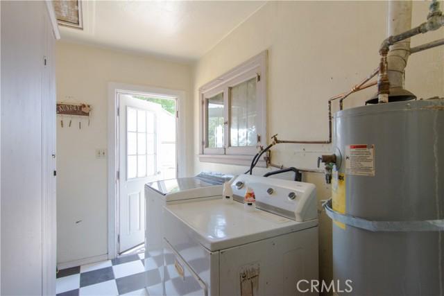 845 Preston Street, San Bernardino CA: http://media.crmls.org/medias/d641fe6e-6cec-42db-ae22-f4da537c74b0.jpg