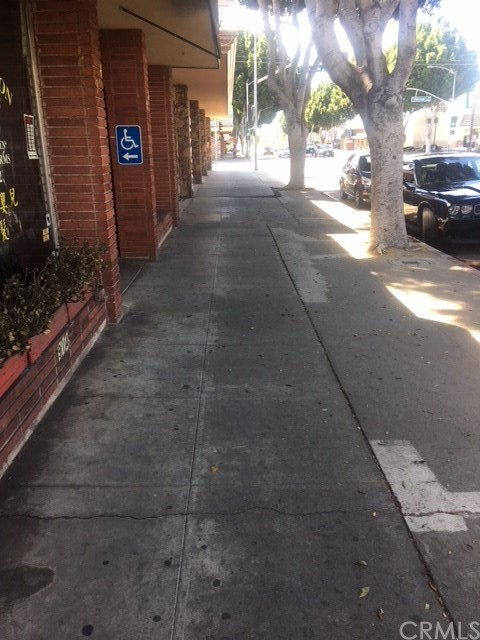 912 S Baldwin Avenue, Arcadia CA: http://media.crmls.org/medias/d64eae5f-f388-44e9-bb22-f1860aefa775.jpg