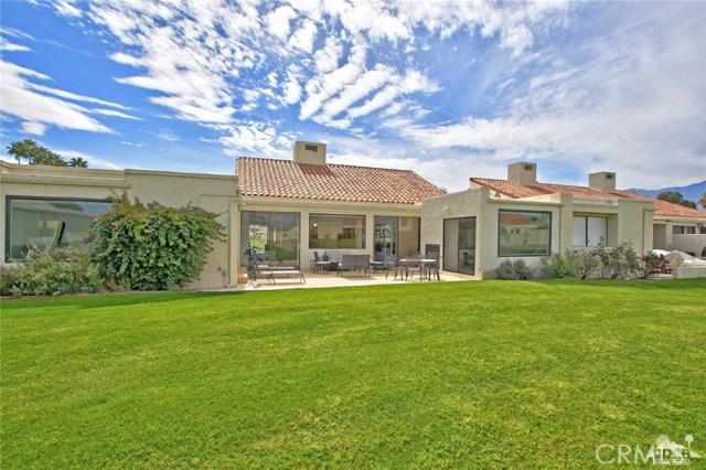 34868 Mission Hills Drive, Rancho Mirage CA: http://media.crmls.org/medias/d65b8f99-9752-4f8c-9043-57315d936f53.jpg