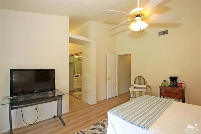 43750 Texas Avenue, Palm Desert CA: http://media.crmls.org/medias/d65e3705-295e-4779-985c-5108c7a08c91.jpg