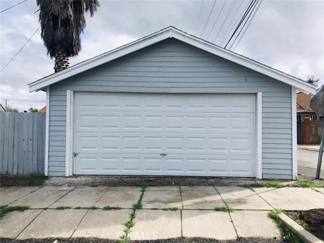 144 N Olive Avenue, Rialto CA: http://media.crmls.org/medias/d661be17-df36-460d-83b7-0f72de575bbb.jpg