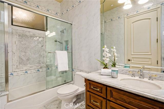 21 W Wistaria Avenue, Arcadia CA: http://media.crmls.org/medias/d6624dd2-3866-4f0a-9936-b466ebeb9e76.jpg