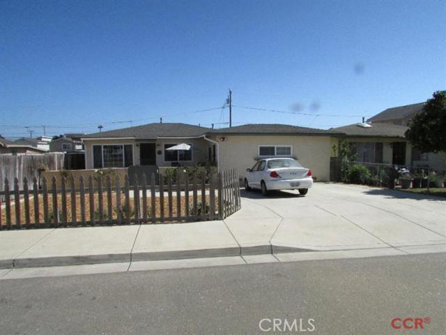 Property for sale at 2160 Beach Street, Oceano,  California 93445