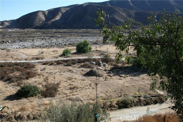34171 E Fish Hatchery, Mentone CA: http://media.crmls.org/medias/d69e5f6c-be62-4191-9605-4a594267a9ac.jpg