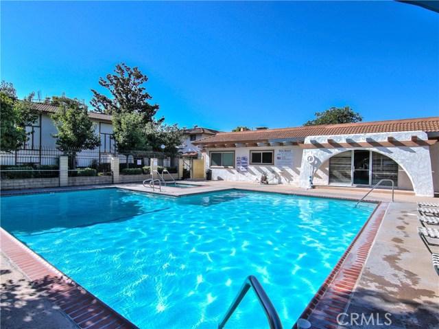 2156 S Balboa Plaza, Anaheim CA: http://media.crmls.org/medias/d6af5a6a-2300-4d46-9b83-6ba7ea6f1ed3.jpg