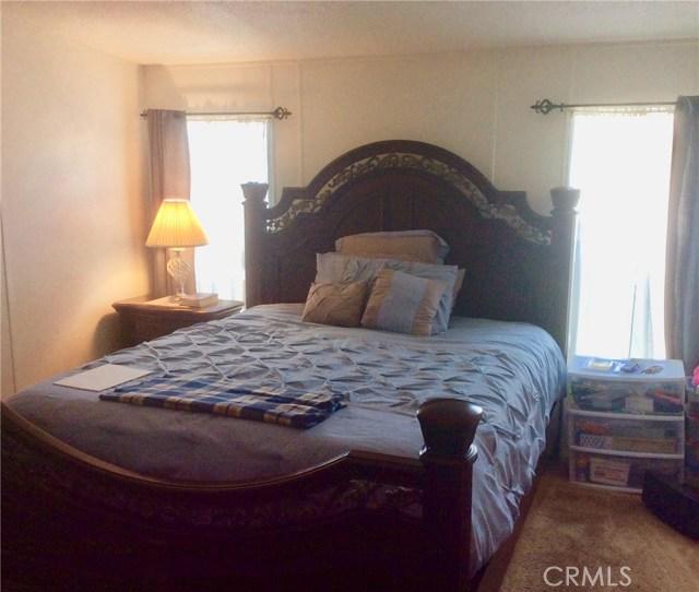 14300 Clinton Street, Garden Grove CA: http://media.crmls.org/medias/d6b52709-e723-47a9-8dc6-b07a96f661cb.jpg