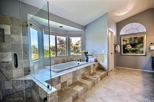 2536 Olympic View Drive, Chino Hills CA: http://media.crmls.org/medias/d6bdafbf-d83d-4f9b-9bf0-71c277a2c80c.jpg