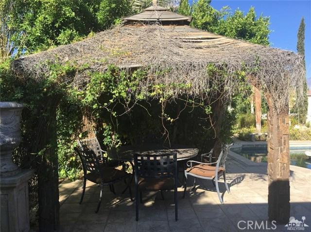 7 Maurice Court, Rancho Mirage CA: http://media.crmls.org/medias/d6cd44c5-90b2-49e2-845e-391440652d4f.jpg