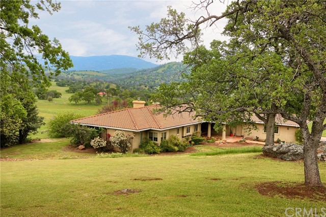 Casa Unifamiliar por un Venta en 3292 Blue Oak Drive Catheys Valley, California 95306 Estados Unidos