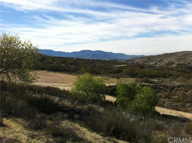 Single Family for Sale at 40500 Reed Valley Road Aguanga, California 92536 United States