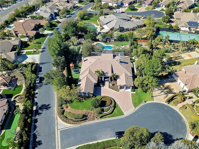 1628 Sweetshade Circle, Orange CA: http://media.crmls.org/medias/d6d5088a-f689-4e04-8b03-ecf4568ef024.jpg
