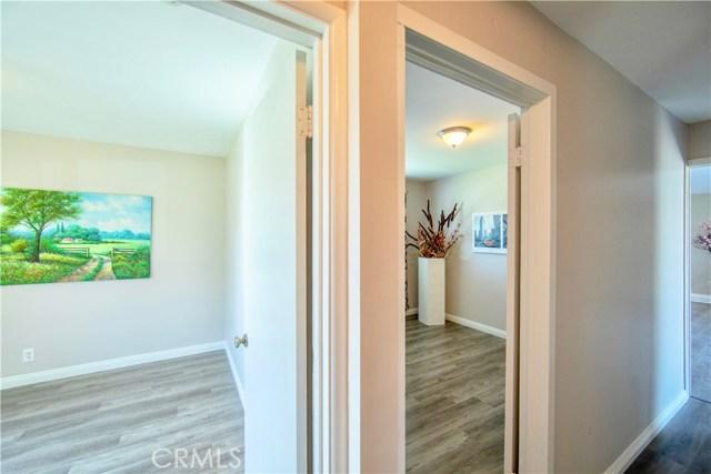 221 S Vine Avenue, Fullerton CA: http://media.crmls.org/medias/d6e21c45-4c06-486b-9536-06291b607fcf.jpg