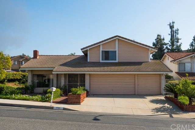 Single Family Home for Sale at 1701 Appian Way Montebello, California 90640 United States
