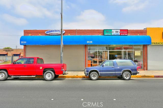 3531 Slauson Avenue Maywood, CA 90270 TR17129492