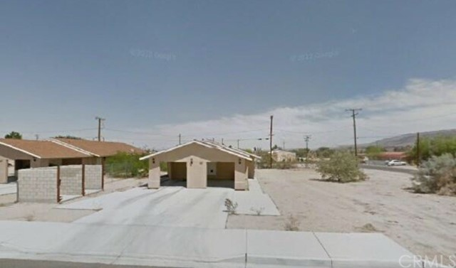 6589 Cholla Avenue, 29 Palms, CA, 92277