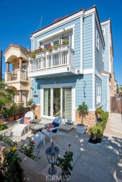 1020  California Street, Huntington Beach, California