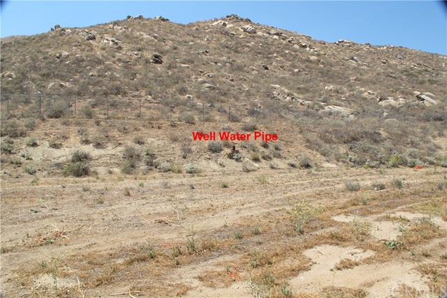 11275 Eagle Rock Road, Moreno Valley CA: http://media.crmls.org/medias/d6ffd67c-c569-4634-ae41-9d9749d5aab1.jpg
