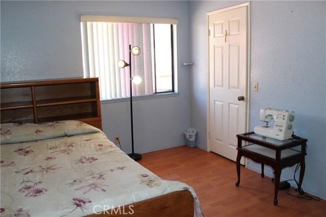 435 E Camden Street, Glendora CA: http://media.crmls.org/medias/d70d1239-3d0b-41aa-a217-56800450c852.jpg