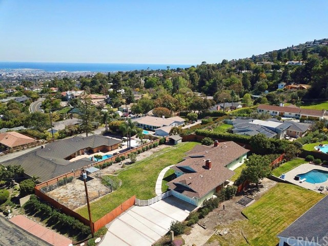 4 Surrey Lane Rancho Palos Verdes, CA 90275 - MLS #: PV18096826