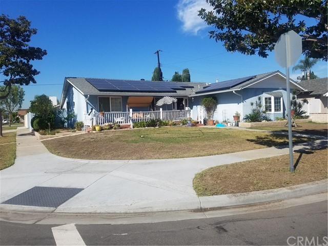 11691 New Zealand Street, Cypress CA 90630