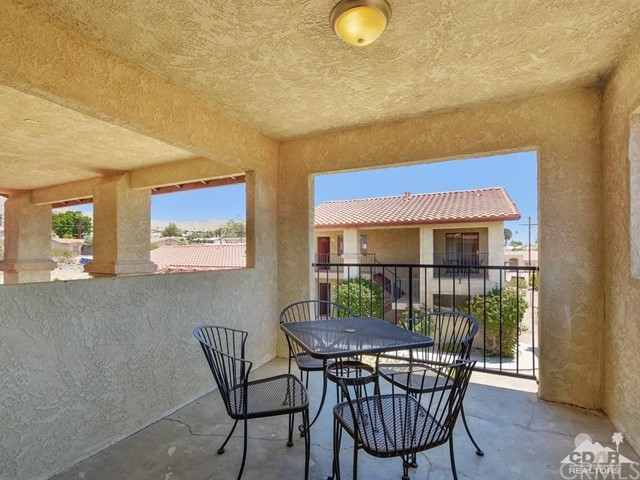 68075 Calle Bolso, Desert Hot Springs CA: http://media.crmls.org/medias/d727baaf-3da6-4e5f-b4ed-3642ee46b419.jpg