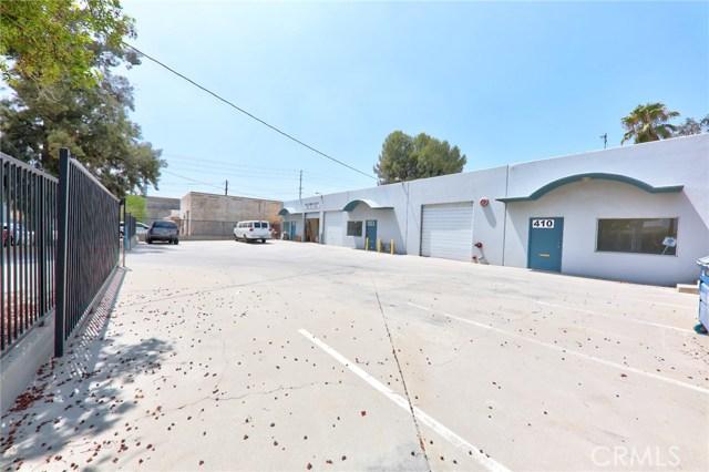 410 W Valley Boulevard, Colton CA: http://media.crmls.org/medias/d72a0c08-8734-4483-b2bb-c2595619735f.jpg