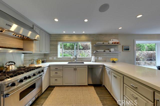 Single Family Home for Sale at 2970 Dorn St Laguna Beach, California 92651 United States