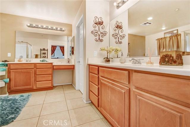 7051 Waymouth Court, Rancho Cucamonga CA: http://media.crmls.org/medias/d73ab640-ff93-4f9e-94be-6a92d7f95e89.jpg