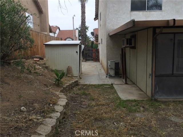 12299 Timlico Court, Moreno Valley CA: http://media.crmls.org/medias/d745fde8-9261-48ed-b7d5-7a091eb95443.jpg