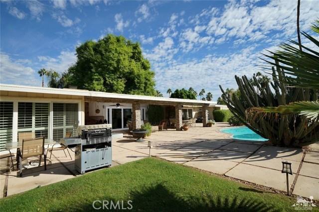 71443 Country Club Drive, Rancho Mirage CA: http://media.crmls.org/medias/d74f66c8-6715-4021-8320-df3b53bf0ffc.jpg