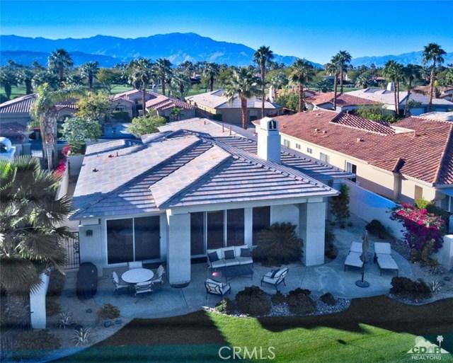 670 Mesa Grande Drive, Palm Desert CA: http://media.crmls.org/medias/d7504b35-3611-4d18-a5e8-a769f98dc20b.jpg