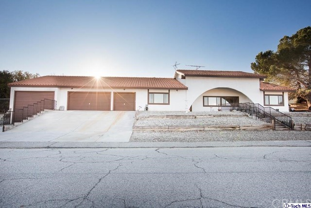 Single Family Home for Sale at 31978 Saint Anne Drive Llano, California 93544 United States
