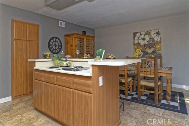 332 Buttonwood Drive, Brea CA: http://media.crmls.org/medias/d7563391-10c3-4538-b3b0-e73b9daab747.jpg