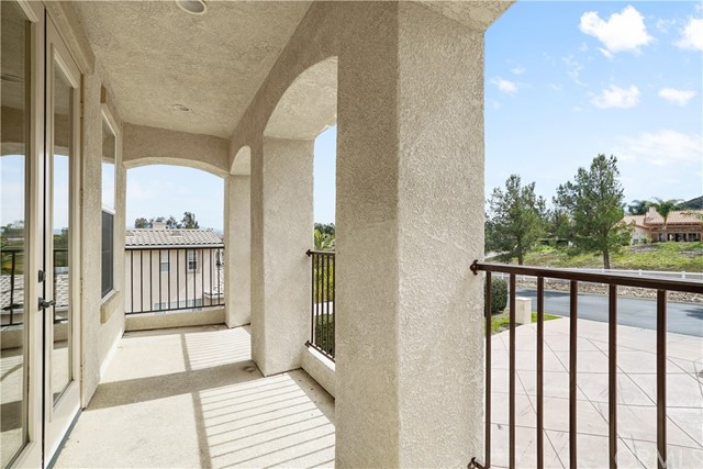 42950 Joshua Tree Court Murrieta, CA 92562 - MLS #: NP18054150
