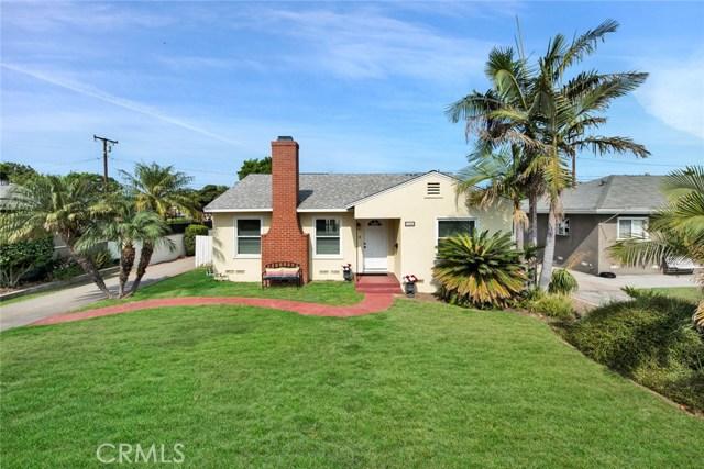1606 N Rosewood Avenue, Santa Ana CA: http://media.crmls.org/medias/d75d98a2-c43e-4bc7-8722-6750a685ad4f.jpg