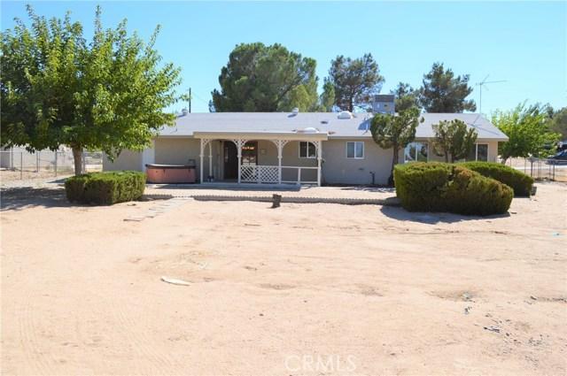 18650 Yucca Street, Hesperia CA: http://media.crmls.org/medias/d7675ae0-9455-4dd8-82e1-88c297d6d12b.jpg