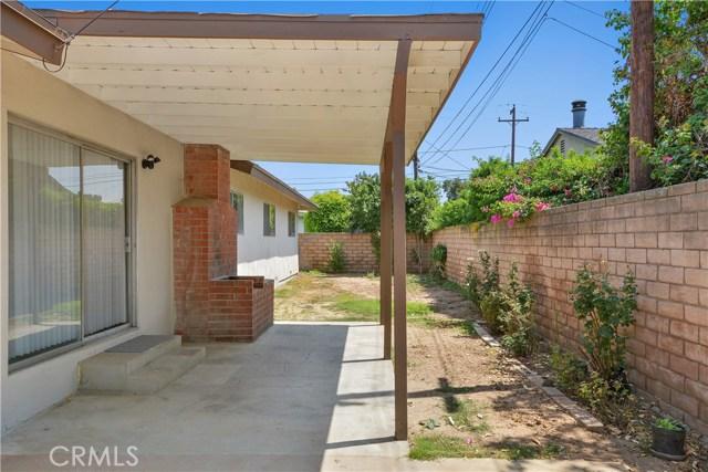 1806 E Palm Drive, Covina CA: http://media.crmls.org/medias/d77ec94d-1e95-4744-9423-1c58063d9924.jpg