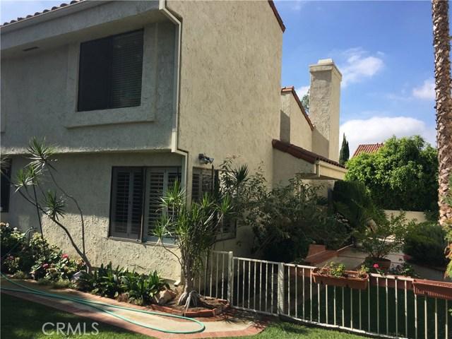 24675 Mendocino Court, Laguna Hills CA: http://media.crmls.org/medias/d789097b-749d-4fe2-8460-7282e55d1acc.jpg