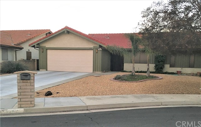 Detail Gallery Image 1 of 12 For 1119 Carob Ct, Hemet,  CA 92545 - 2 Beds | 2 Baths