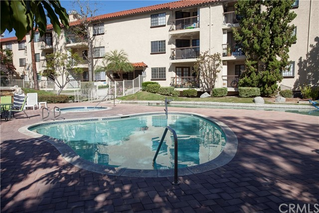 5433 E Centralia St, Long Beach, CA 90808 Photo 27
